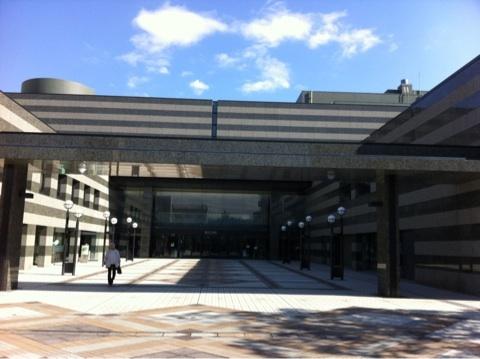 鎌倉芸術館での 「SILVER/遊びの世界展」 がスタート
