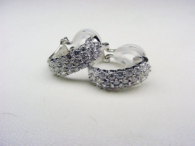 PTダイヤパヴェイヤリング