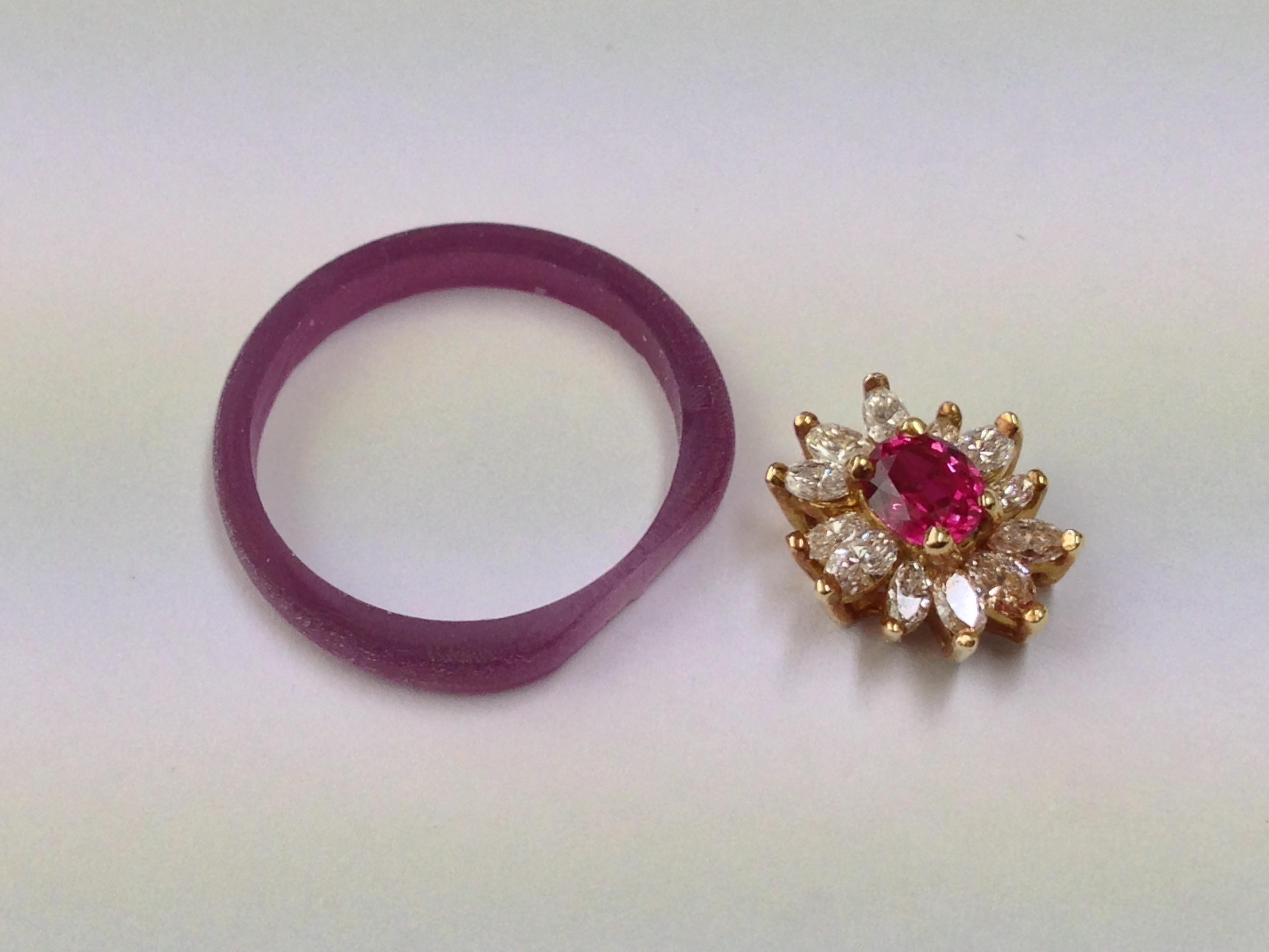お母様のお使いにならなくなったペンダントを 指輪にして娘さんにプレゼントする
