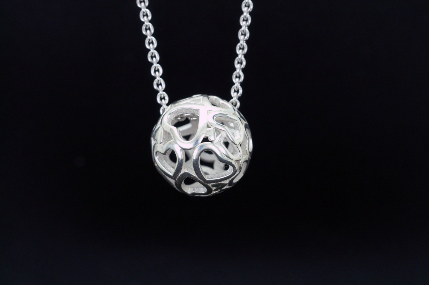 SV925 Heartball 20mm Pendant