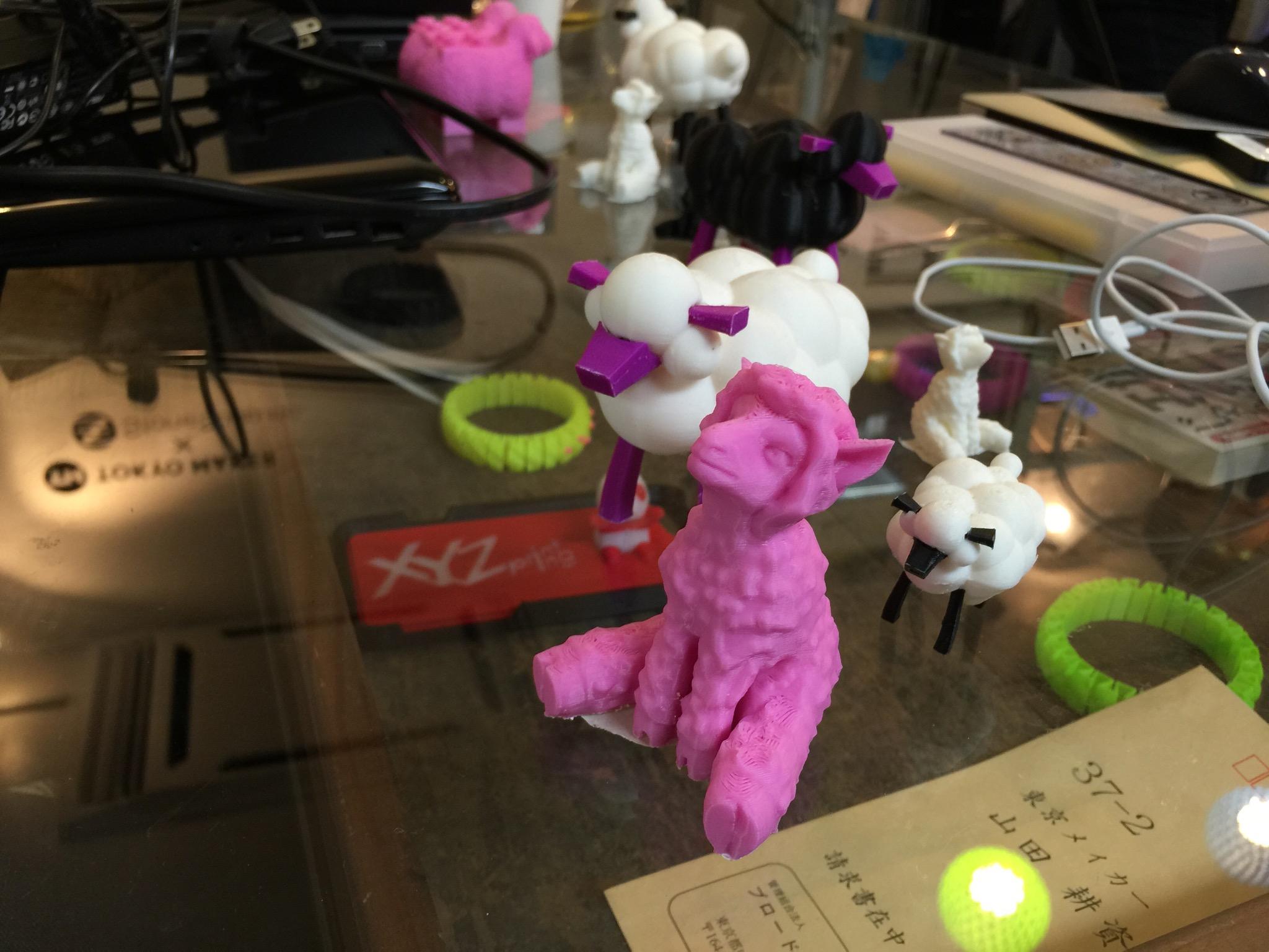 今日の昼は中野の「あッ3Dプリンター屋だッ!!」さんに遊びに行きました。