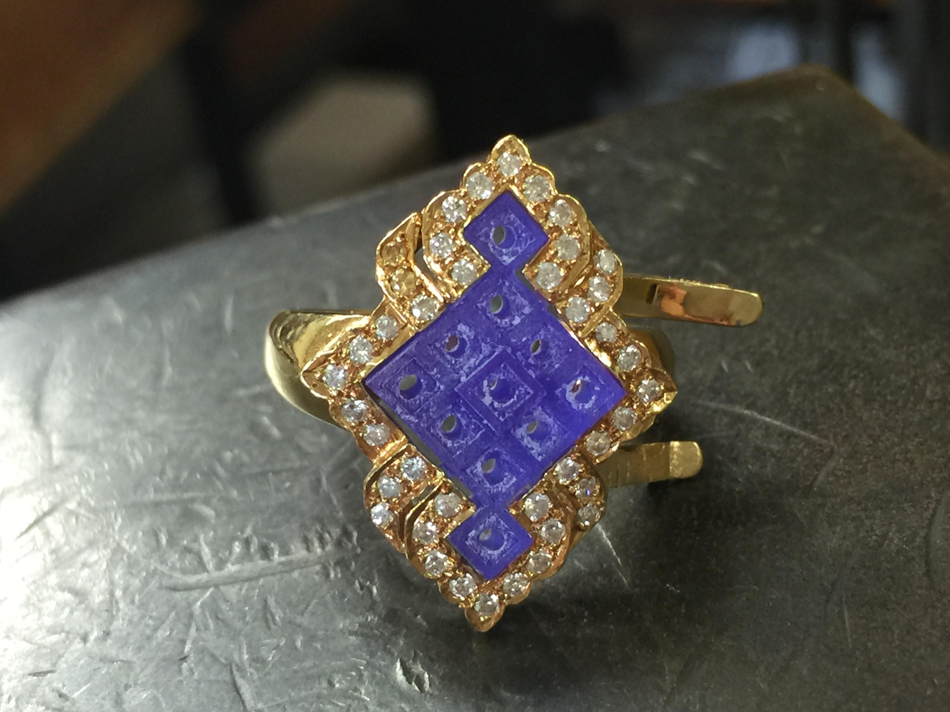 青い部分は 3Dプリンターで出力した樹脂原型です。