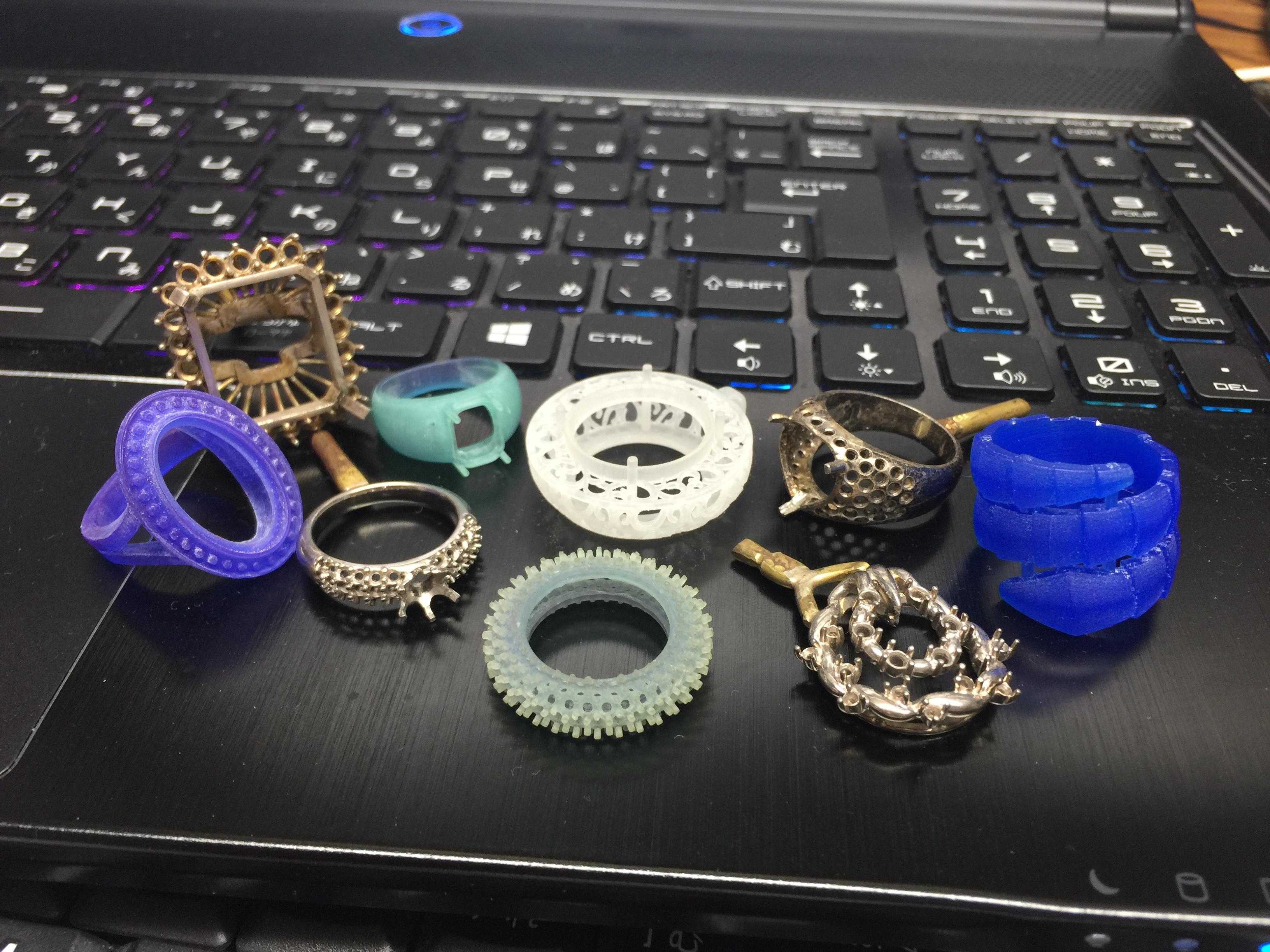 この熟練した職人さんの手作りの原型は とても素晴らしい。でも 尚更 3D-CAD&3Dプリンターの破壊力を知ることになります。
