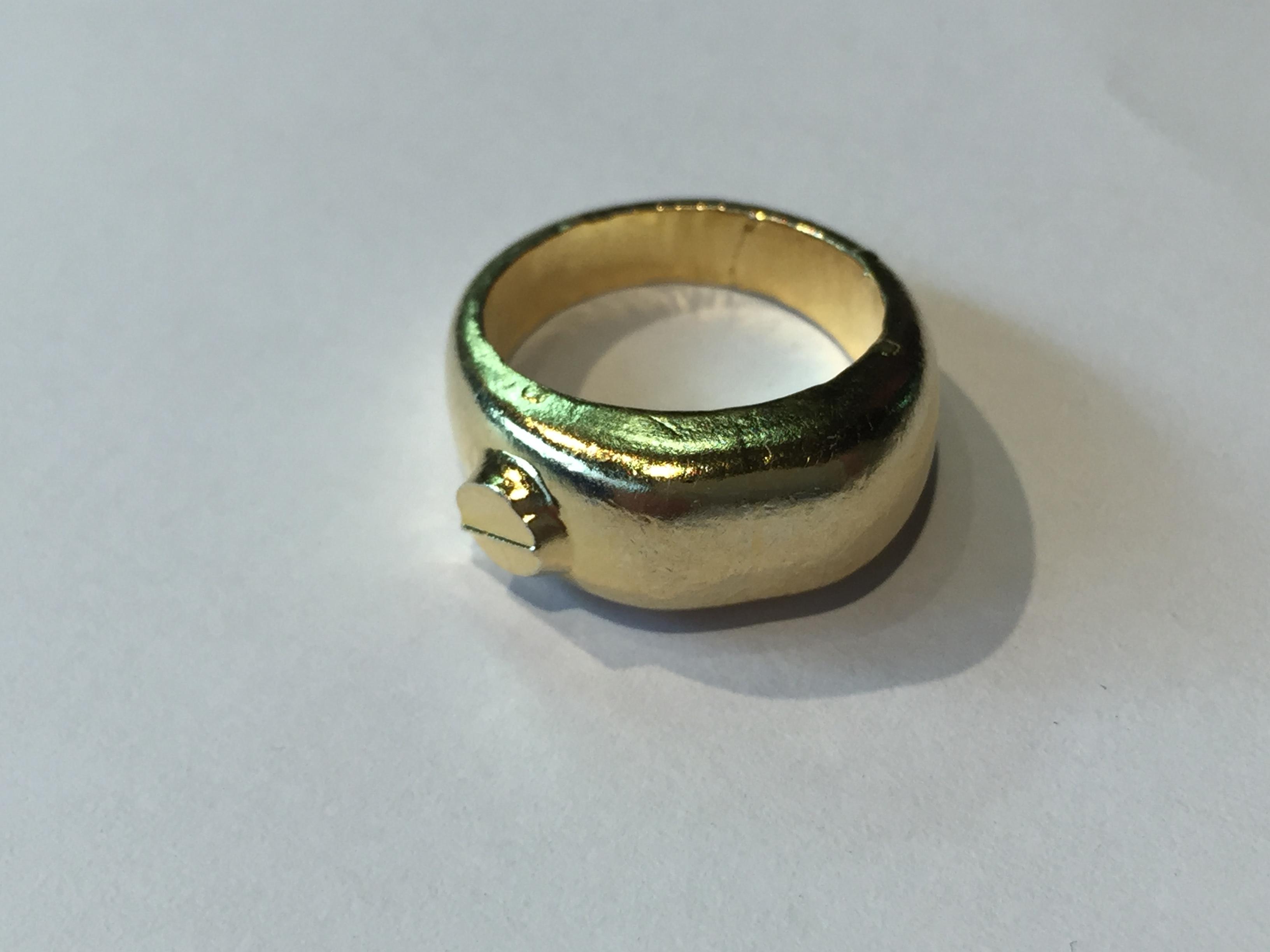 この指輪 純金
